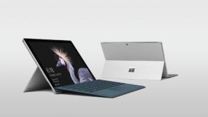 Bild von zwei Surface Pro Laptops